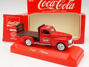 Solido 1/43 - Dodge Plateau Coca Cola