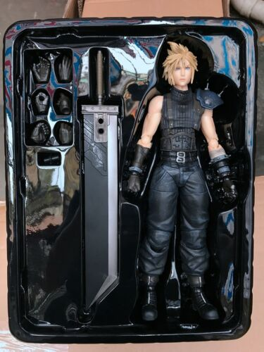 Play Arts Kai Final Fantasy VII Remake Cloud Strife PVC Action Figure New In Box