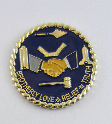 Masonic Square & Compasses Large Handshake Lapel Pin Freemason Mason