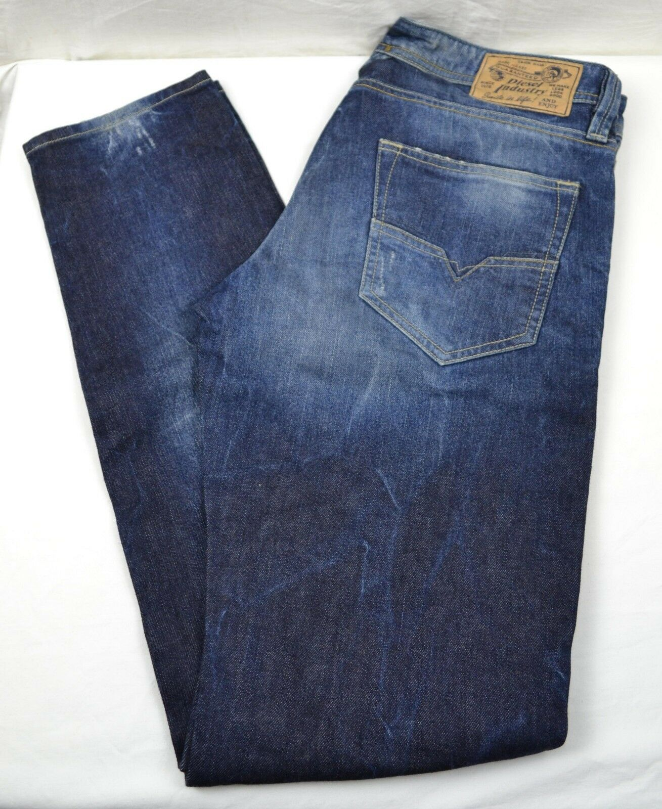 Men's Diesel LARKEE T 33x34 Denim Tapered Jeans wash 008MD W33 L34 33W 34L