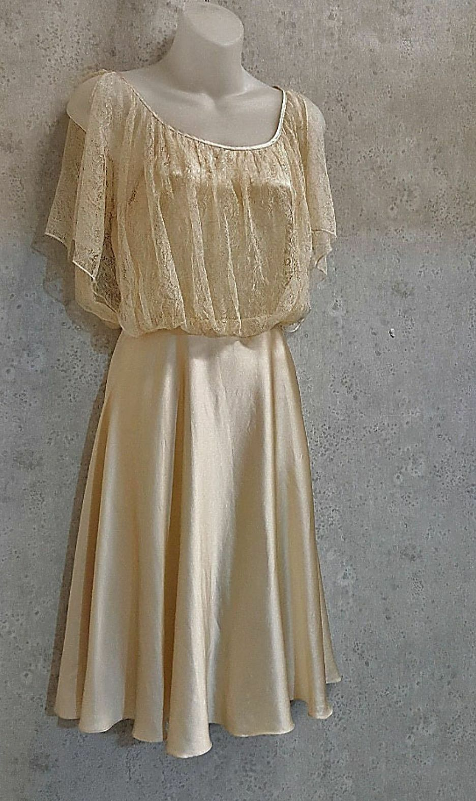 Lace overlay ivory Silk Dress Fleur Wood sz Small