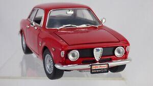 Carretera-firma-1-18-Rojo-1965-Alfa-Romeo-Giulia-Sprint-GTA-Bertone-Coche-Modelo-Juguete