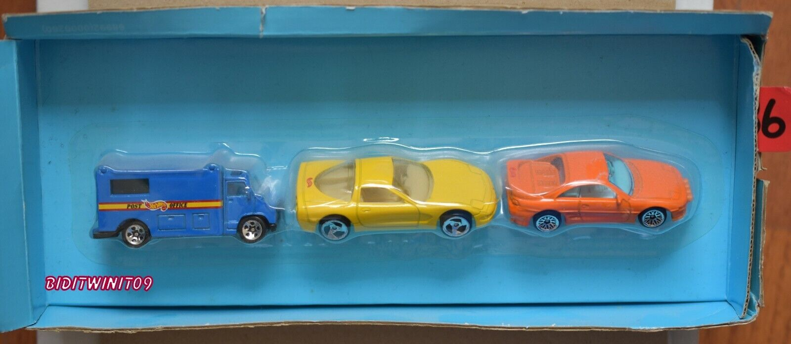 Hot Wheels 3 Car Confezione Corvette Toyota Mr2 Ufficio Postale Camion W+