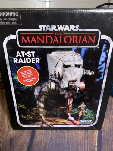 AT-ST RAIDER w// FIGURE NEW /& SEALED STAR WARS MANDALORIAN VINTAGE COLLECTION
