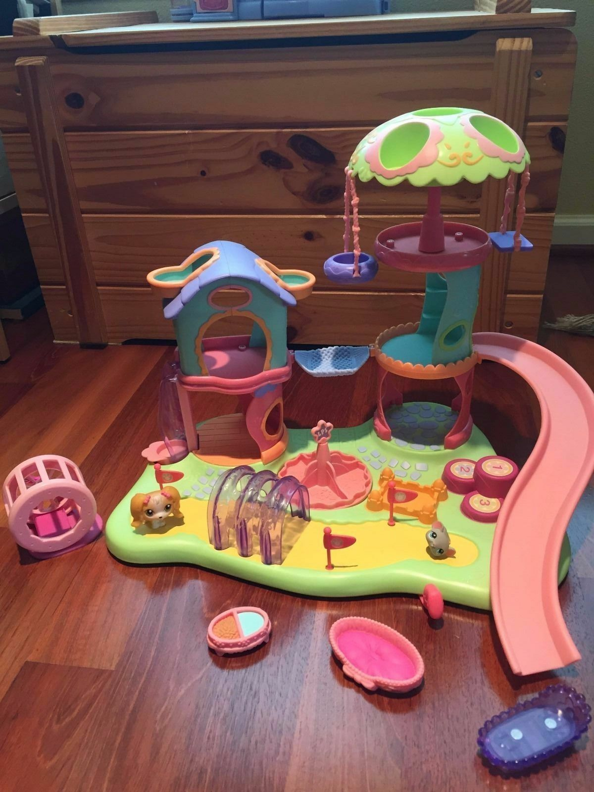Littlest Pet Shop Whirl Around Playground Dog 79 Mouse 80 COMPLETE Accessories 6