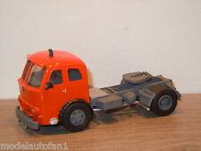 Pegaso 1064 Truck van Smith Models 1:50 *9028