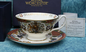 Royal-Worcester-Queen-Elizabeth-II-Diamond-Jubilee-Cup-amp-Saucer-Boxed