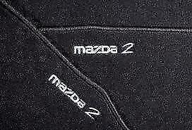 Original-Mazda-2-Frontal-Y-Trasera-esteras-2007-2013