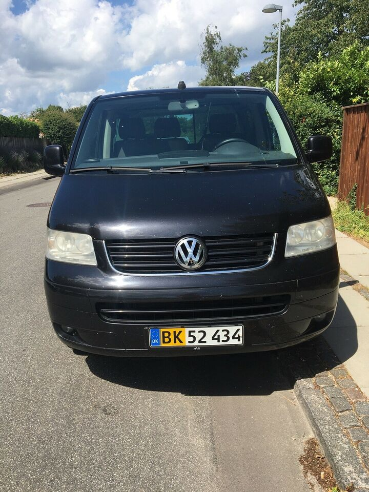 VW, Multivan, 2,5 TDi 174 Highline aut. Van
