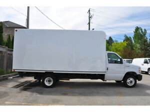 2019 Ford E-450 16 Ft Unicell Box + Ramp