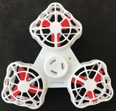 Drone Handheld Flying Fidget Spinner Rotation Triangle Enfants Adulte F1 Tiny Toy