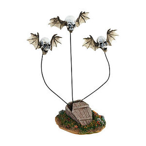 SVH Haunted Totem Pole Accessory Snow Village Halloween D56 4047597 NEW 2015