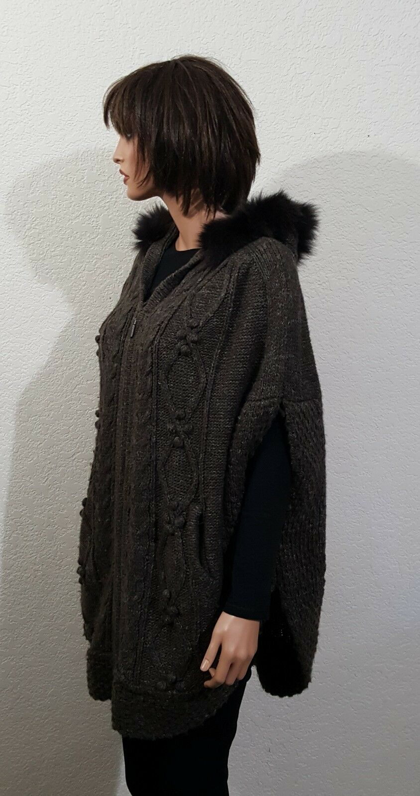 WOMENS HOODED CABLE & KNOBBY MATTY M BROWN ALPACA PONCHO CAPE  XS\S