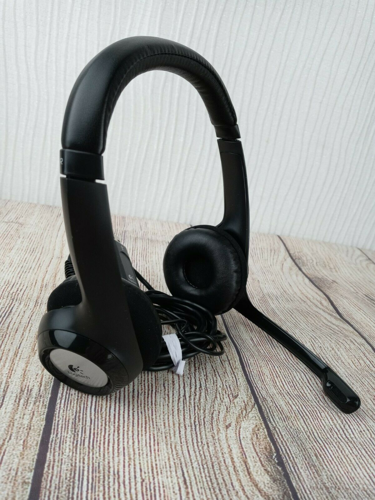 Logitech Usb Headset Headphones 881 000082 A 00027 With Microphone For Sale Online Ebay