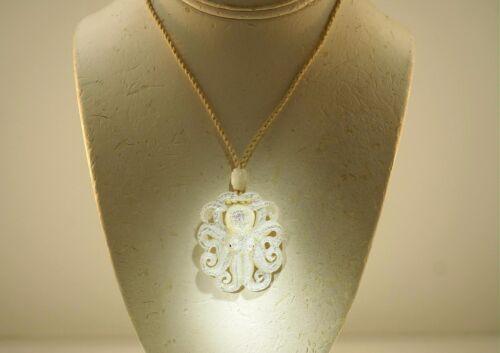 Sculpté à la main blanc nacre Hawaiian he/'e Tako Octopus Collier Pendentif #1