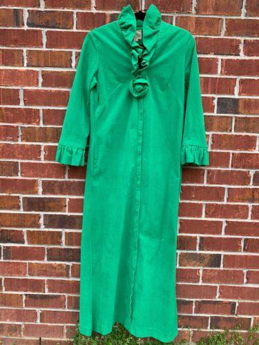 LOUNGEES Robe Medium Green Vintage 1970s Velour Ru