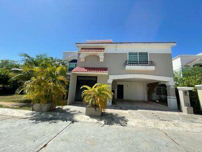 Casa en Renta en CD del Carmen Campeche