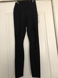 508ed5977e1ff8 Alo Yoga High Waist Ripped Warrior Leggings Black Sz M NWT $125 | eBay