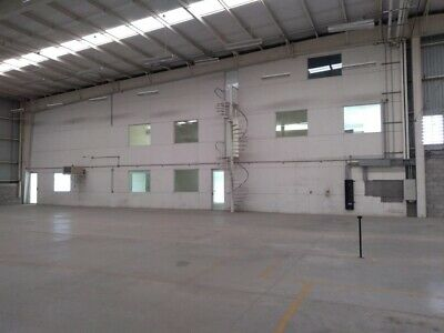 Renta de Bodega industrial de 3,483 m2 en Querétaro.