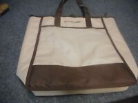Rachael Ray Food Insulated Bag Tote Carrying Zipper Closure 19x16