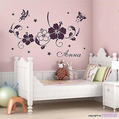 WANDTATTOO Blumenranke mit Namen Schmetterling Blüten Wohnzimmer Wandaufkleber