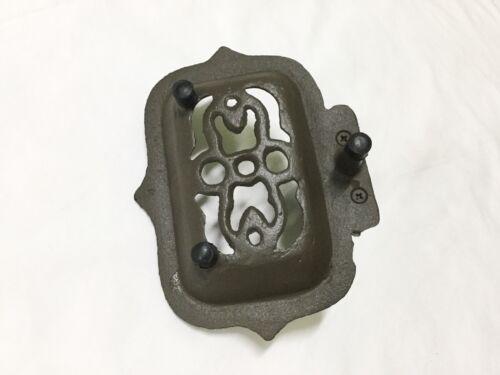 1184-1186 New Rustic Cast Iron Rose Soap Dish
