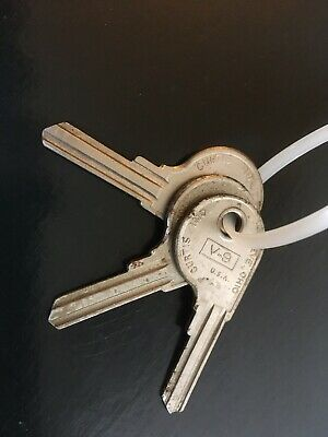 10 Vintage Ford Key Uncut Blanks 10 Ignition Keys in NOS Bags H27 1960/'s