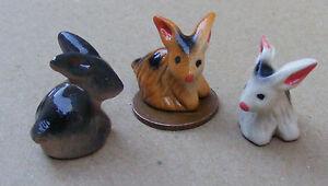 1:12 Single Ceramic Multi Coloured Hare Tumdee Dolls House Miniature Garden