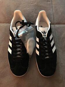 adidas gold and noir gazelles size 8