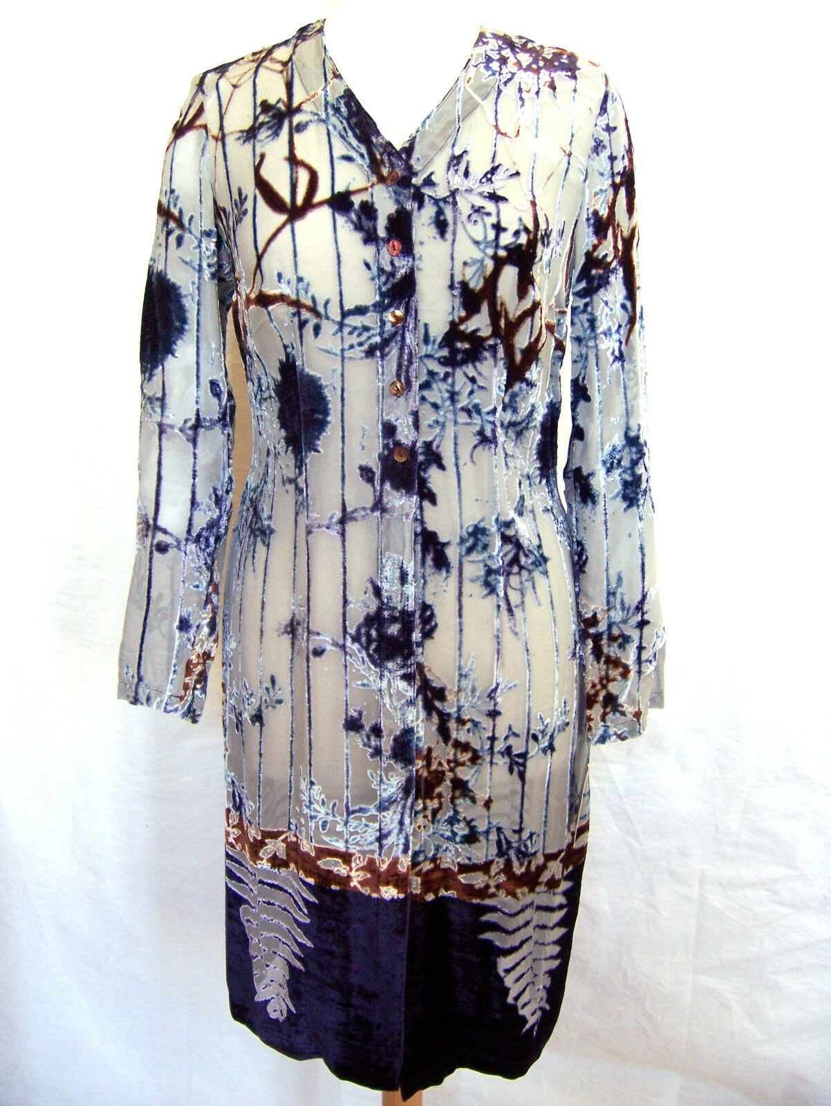 Oilily Camicia Tg. 38 e 42 42 42 NUOVO con motivo floreale da guasto velluto donna blouse donna 0a1b5e