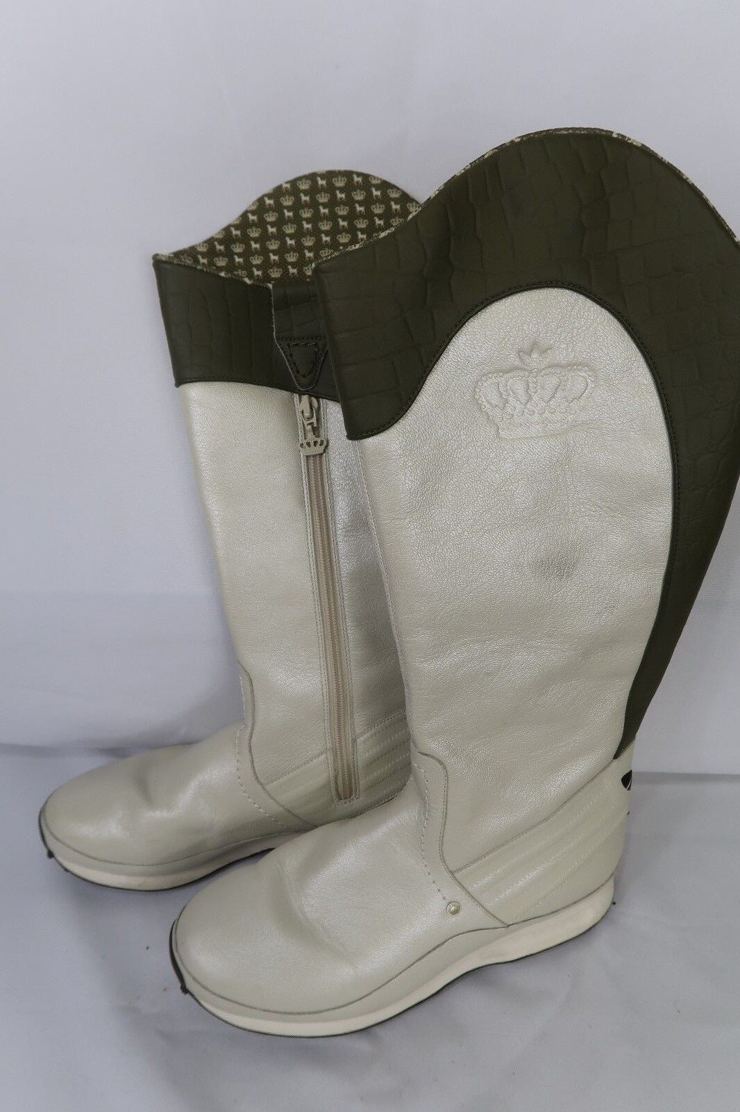 Women's Adidas Size 7 Green White Winter Snow Boots Sample Rare