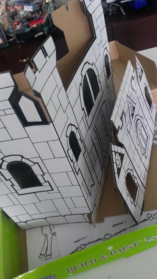 Dukketilbehør, Eventyr slot byg den selv komplet