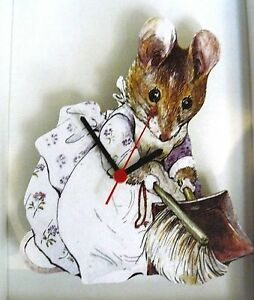 LADY-MOUSE-KIDS-WALL-HANGING-CLOCK-MOUSE