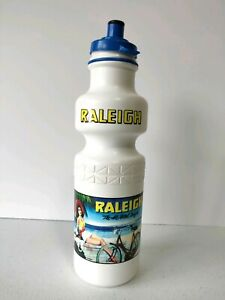 Vintage-Original-Raleigh-The-All-Steel-Bicycle-Drink-Bottle-Original-MADE-IN-USA