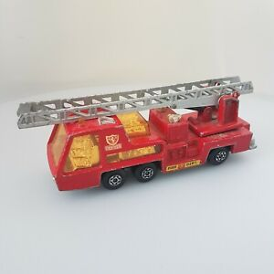 Matchbox-Superkings-Red-K-9-Fire-Tender-1972-Lesney-Products-Made-In-England