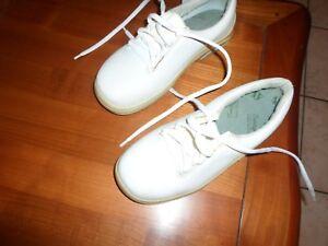 """chaussures securité """"CAMBRELLE"""" T 36 neuve"""