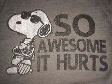 """Men's Small Gray Peanuts Snoopy """"So Awesome It Hurts"""" Funny T Shirt"""