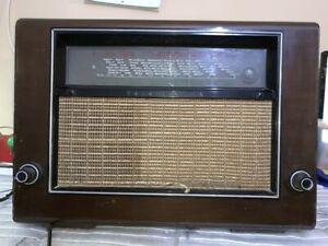 VINTAGE-VALVULA-RADIO-TELEFUNKEN-SUPER-975WK-PARA-RESTAURAR-1939