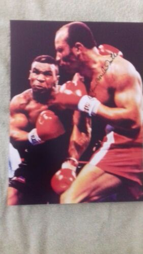 JAMES BONECRUSHER SMITH HAND SIGNED TYSON BOXING PHOTO 16 X 12 INCHES.