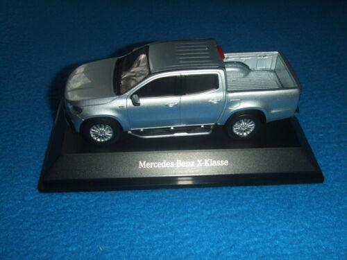 Mercedes Benz X 470 X Klasse Diamantsilber 1:43 Neu OVP
