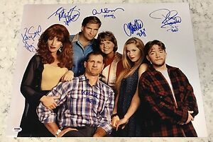 Married-With-Children-Cast-6-Ed-O-039-Neill-Sagal-Applegate-Signed-16x20-PSA-DNA-E