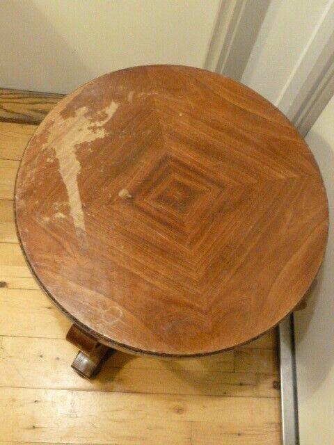 Sofabord, med højde 55 cm.