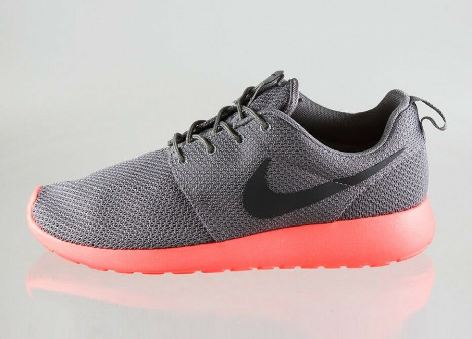 New Men's Nike Rosherun Roshe Run Mango V2 Soft Grey Crimson Size 9.5 511881 096