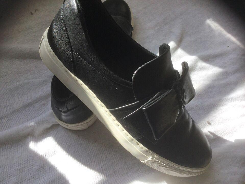 Sneakers, str. 42, Billibi