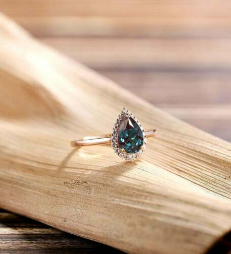 Details about  /2Ct Pear Cut Alexandrite Halo Pretty Women/'s Engagement Ring 14K Rose Gold Over
