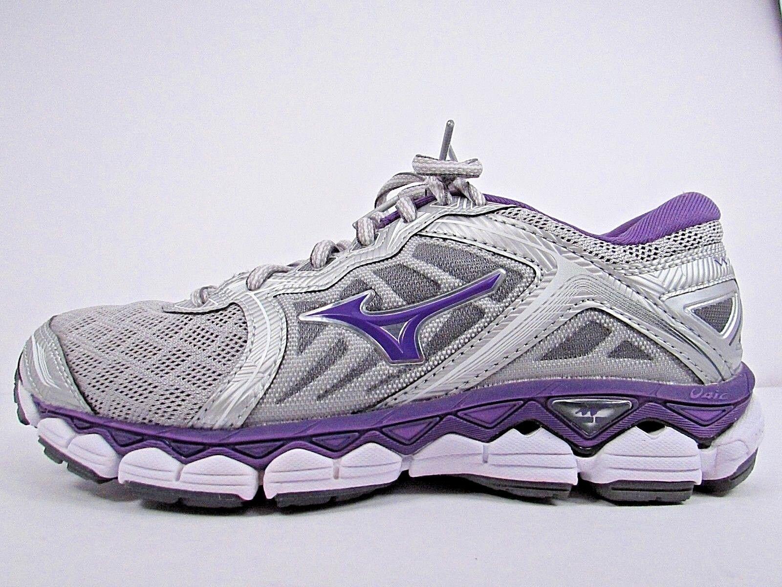 WOMEN'S MIZUNO WAVE SKY Größe 7.5   WORN LESS THAN 10 MILES  RUNNING Schuhe
