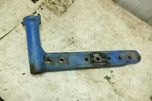 62-65-Early-Ford-4000-Tractor-801-901-left-spindle-axle-mount-knuckle-knee