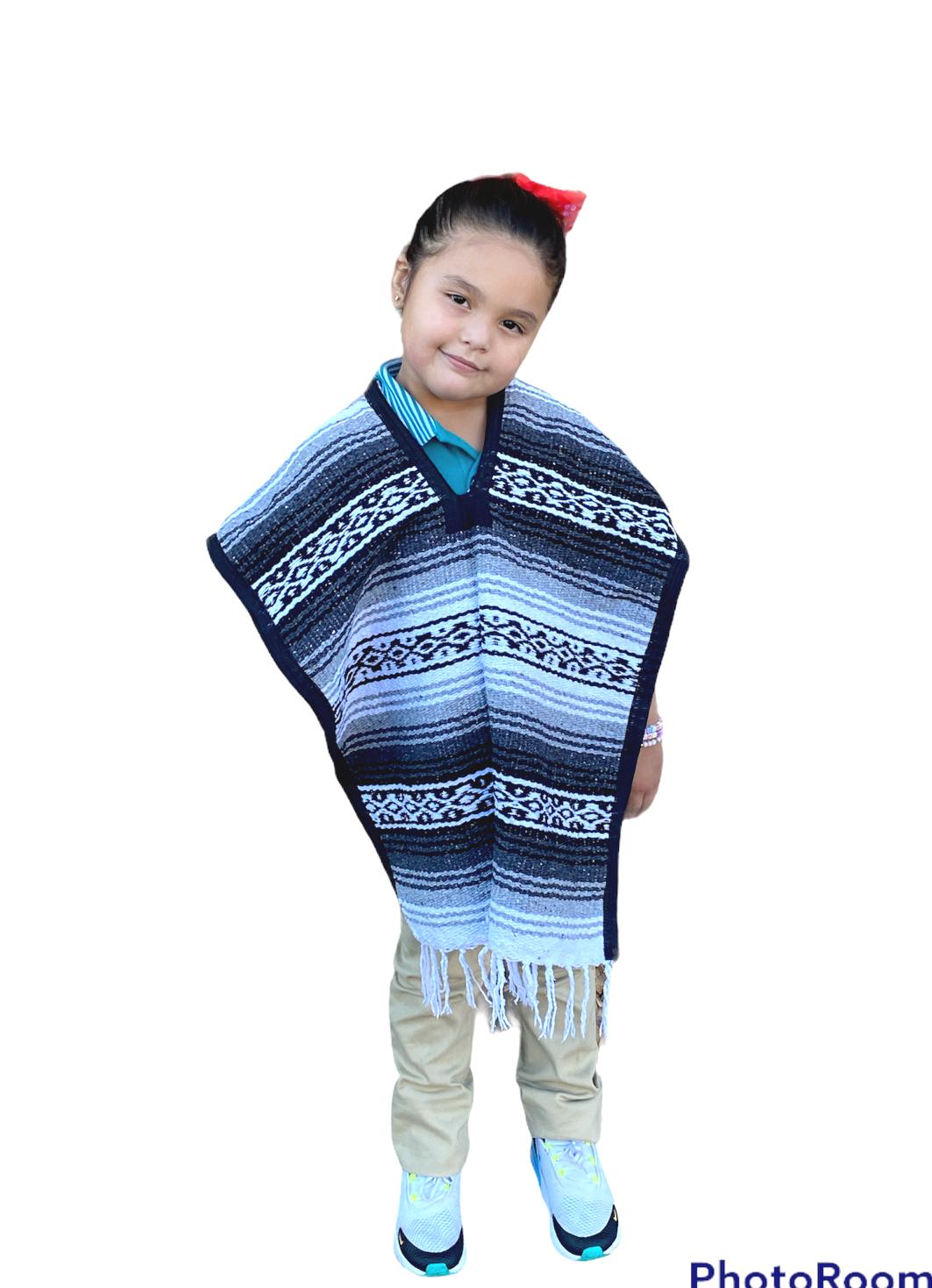 MEXICAN KIDS PONCHO , FALSA , COSTUME ,BLANKET SERAPE GABAN ,KIDS 5 - 9 , GRAY