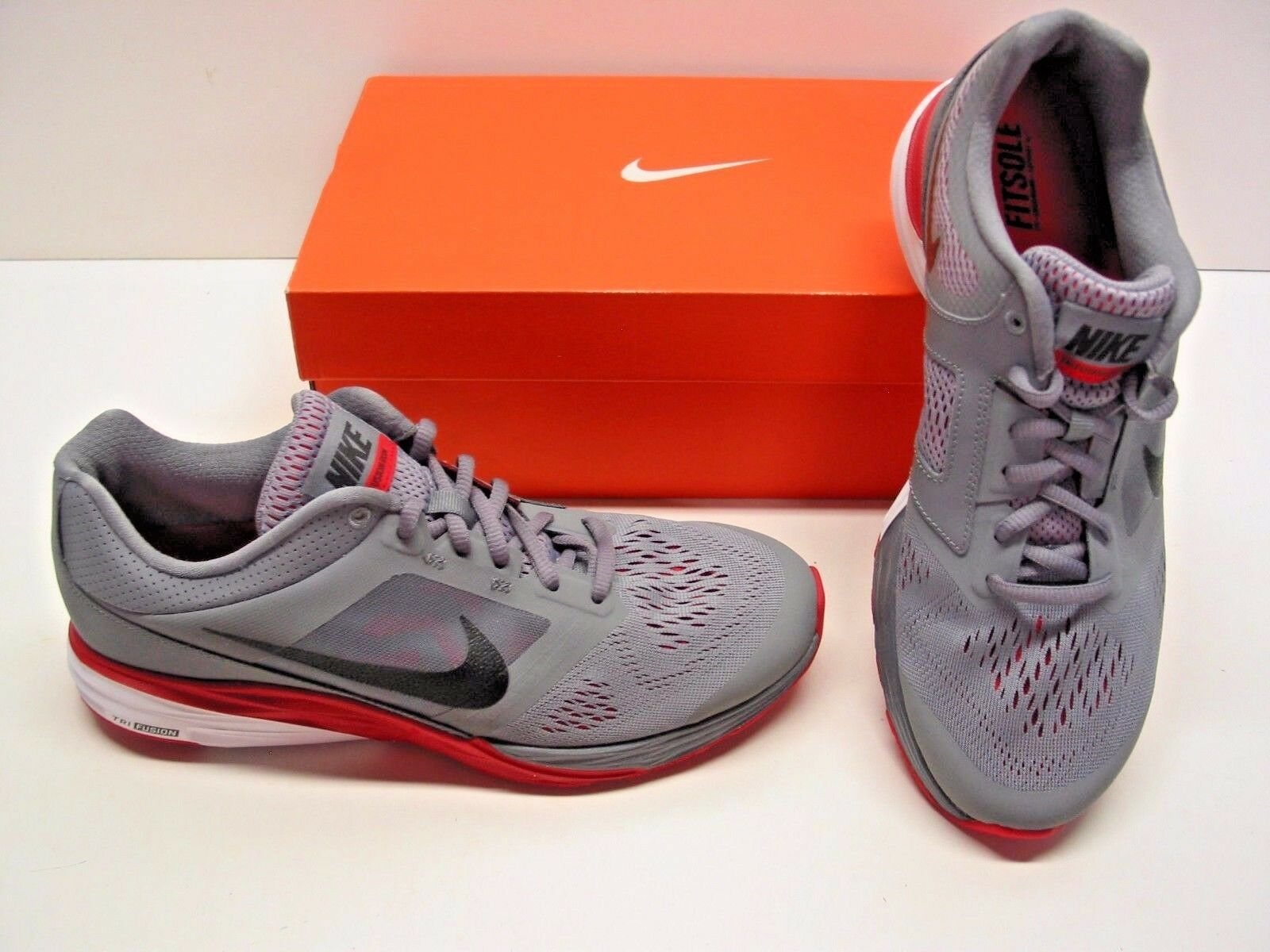 Nike Athletic Tri Fusion Run Running Trainer Gray Red Athletic Nike Sneakers Shoes Mens 8.5 a8566e