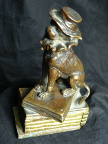 Museum-Rare-Small-Antique-Victorian-Bronze-Dog-Frilly-Collar-Cromwell-Hat